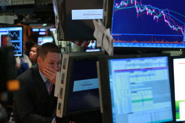 Finance「Wall Street Reels As Major Financial Companies Face Crisis」:写真・画像(1)[壁紙.com]