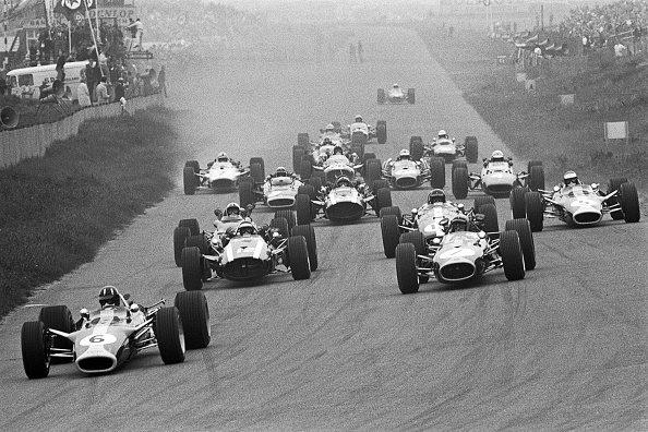 Netherlands「Graham Hill, Jochen Rindt, Jack Brabham, Dan Gurney, Jim Clark, Grand Prix Of Netherlands」:写真・画像(4)[壁紙.com]