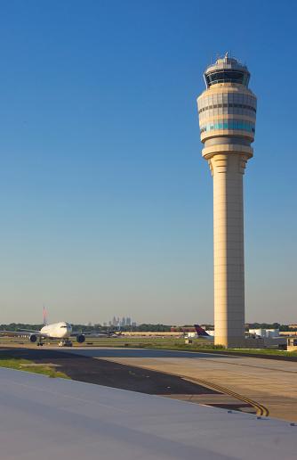 Hartsfield-Jackson Atlanta International Airport「Atlanta airport.」:スマホ壁紙(0)