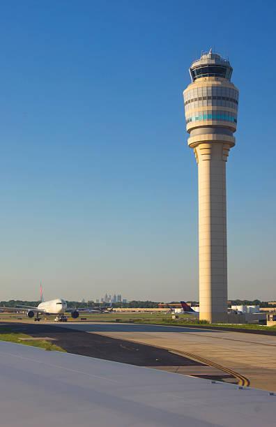 Atlanta airport.:スマホ壁紙(壁紙.com)