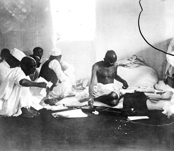 Keystone「Gandhi Spinning」:写真・画像(12)[壁紙.com]