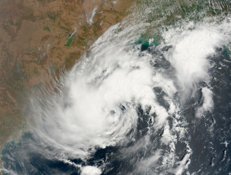 Cyclone「Tropical Storm Bijli draped the east coast of India.」:スマホ壁紙(14)