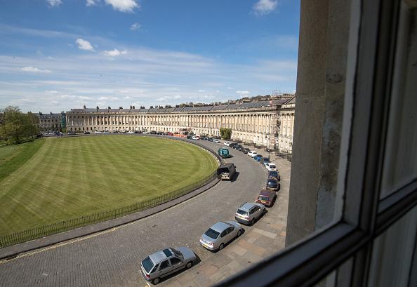 Bath - England「Bath's Historic Royal Crescent Celebrates its 250th Anniversary」:写真・画像(16)[壁紙.com]