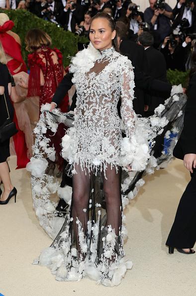 メトロポリタン美術館「'Rei Kawakubo/Comme des Garcons: Art Of The In-Between' Costume Institute Gala - Arrivals」:写真・画像(15)[壁紙.com]