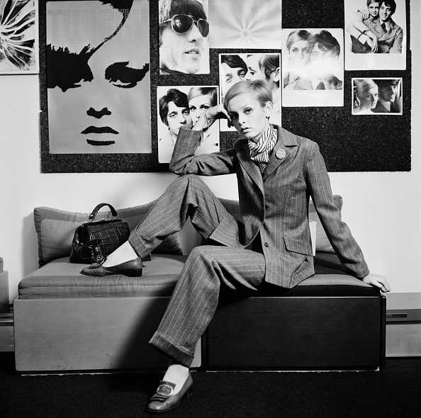 Suit「Twiggy In Twiggy」:写真・画像(2)[壁紙.com]