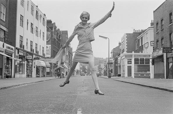 Twiggy - Fashion Model「Twiggy in London」:写真・画像(9)[壁紙.com]