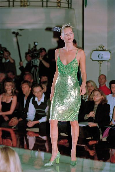 Catwalk - Stage「Moss Models Versace」:写真・画像(7)[壁紙.com]