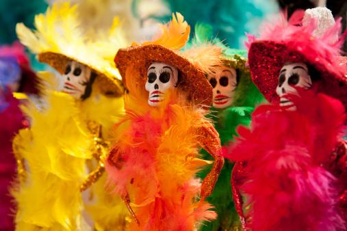 UNESCO「Day of the Dead catrina skelelton dolls」:スマホ壁紙(2)