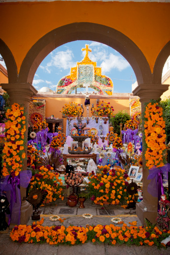 Tradition「Day of the Dead altar.」:スマホ壁紙(9)