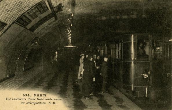 City Life「Paris Métro Station - underground view」:写真・画像(5)[壁紙.com]