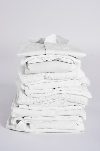 Sweater「Pile of clean, white clothes」:スマホ壁紙(16)