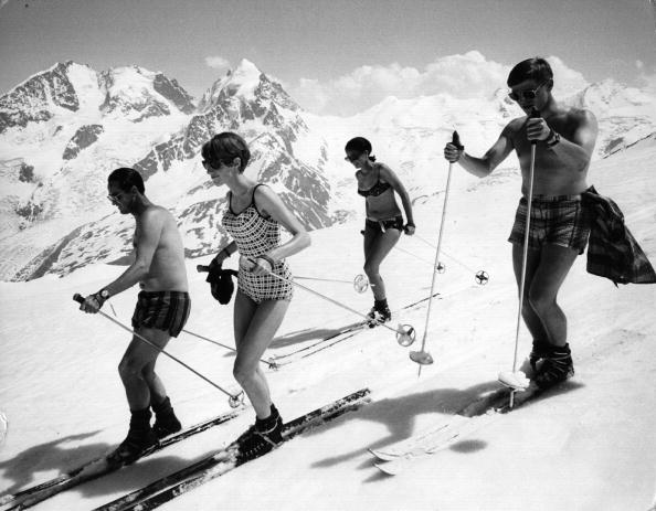 Mountain「Swimsuit Skiing」:写真・画像(16)[壁紙.com]