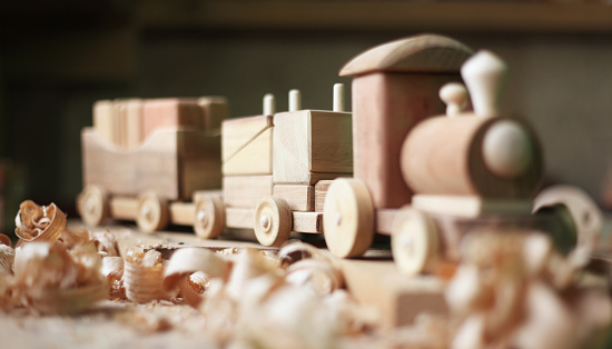 Carving - Craft Product「Wooden toy」:スマホ壁紙(7)