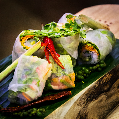 Vietnamese Cuisine「Vegan rice paper spring rolls」:スマホ壁紙(19)