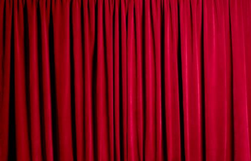 Velvet「Closed red theatre curtains」:スマホ壁紙(17)