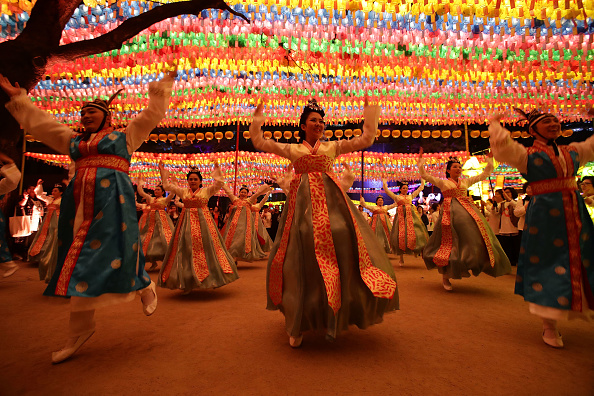 Multi Colored「Lantern Festival Celebrates Buddha's Birthday」:写真・画像(17)[壁紙.com]