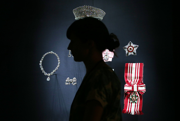 Jewelry「A Royal Welcome Exhibition Opens At Buckingham Palace」:写真・画像(14)[壁紙.com]