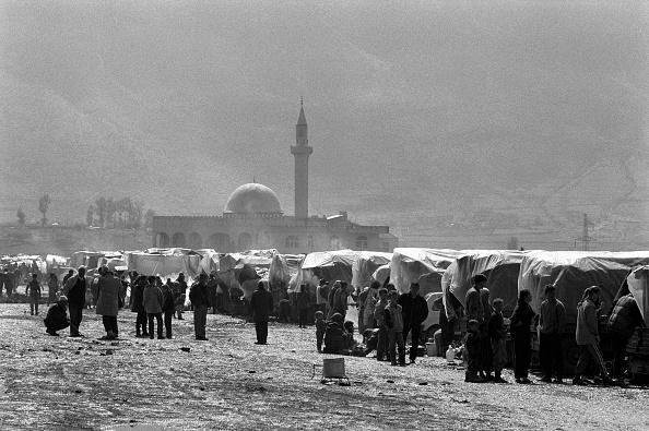 Tom Stoddart Archive「Albania, Kukes refugee camp (B&W)」:写真・画像(11)[壁紙.com]