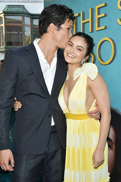 "Camila Mendes「World Premiere Of Warner Bros ""The Sun Is Also A Star"" - Red Carpet」:写真・画像(7)[壁紙.com]"