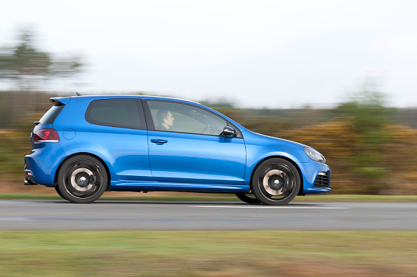 Side View「2011 Vokswagen Golf R Tsi」:写真・画像(18)[壁紙.com]