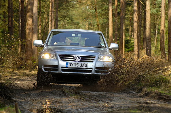 Splashing「2005 VW Tovareg Tdi V6」:写真・画像(4)[壁紙.com]