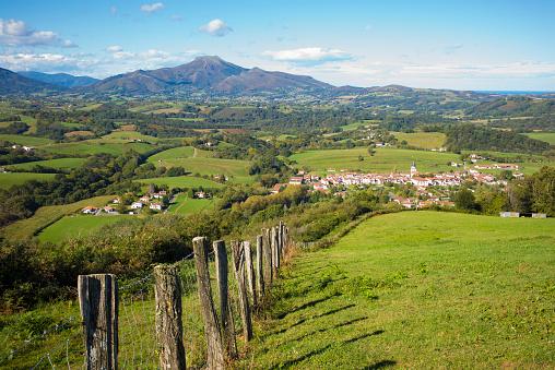 Nouvelle-Aquitaine「Ainhoa  (Pays Basque - France)」:スマホ壁紙(13)