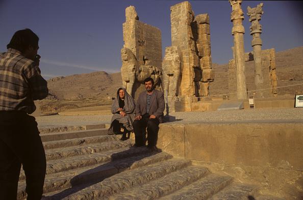 Travel Destinations「Persepolis Visitors」:写真・画像(5)[壁紙.com]