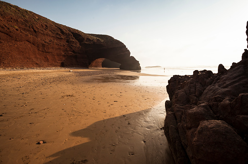Remote Location「Africa, Morocco, beach with natural arch」:スマホ壁紙(19)