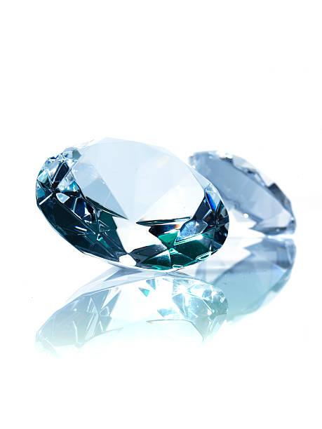 Two diamonds on white background:スマホ壁紙(壁紙.com)