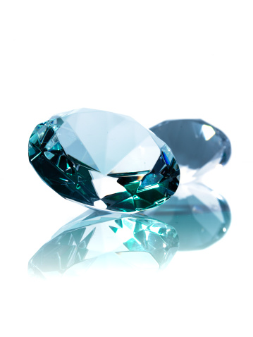 Diamond - Gemstone「Two diamonds on white background」:スマホ壁紙(14)