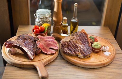 Char-Grilled「Steak」:スマホ壁紙(3)
