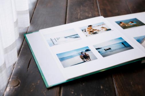 Photography Themes「photo album of family」:スマホ壁紙(10)