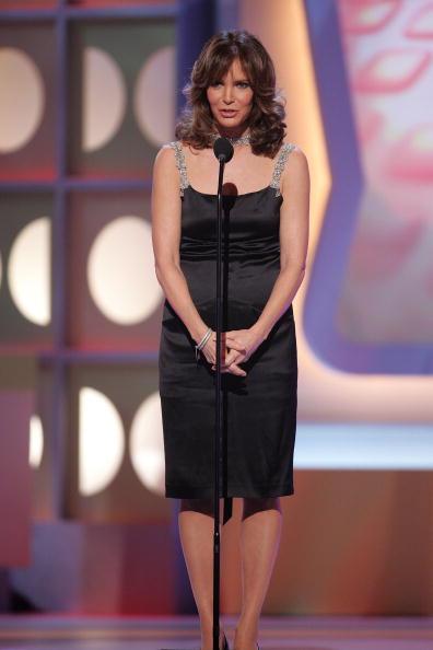 Jaclyn Smith「2005 TV Land Awards - Show」:写真・画像(15)[壁紙.com]