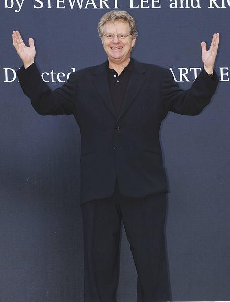 Steve Finn「Jerry Springer」:写真・画像(5)[壁紙.com]