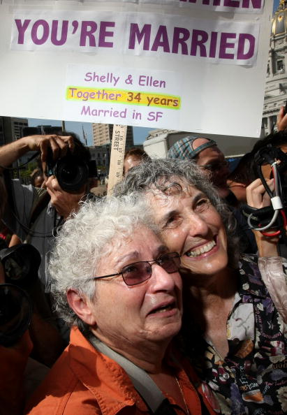 Decisions「California Supreme Court Rules On Gay Marriage」:写真・画像(9)[壁紙.com]