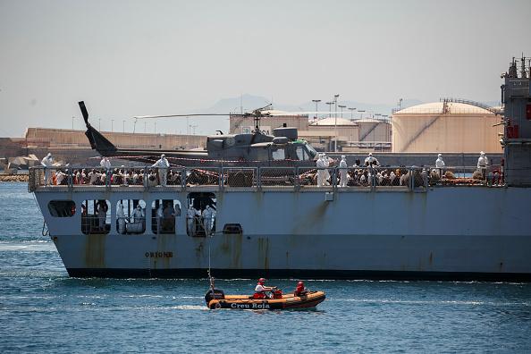 ヒューマンインタレスト「Aquarius Ship Arrives at Valencia Port」:写真・画像(13)[壁紙.com]