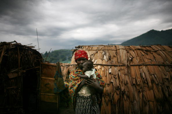 Looking At Camera「Displaced People Suffer Despite DR Congo Ceasefire」:写真・画像(2)[壁紙.com]