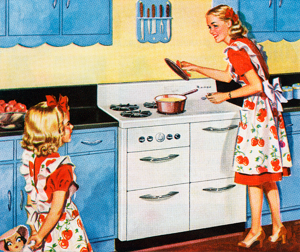 Cooking「Mother And Daughter In Kitchen」:写真・画像(18)[壁紙.com]