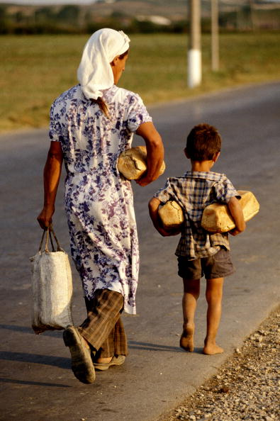 Loaf of Bread「Albania」:写真・画像(15)[壁紙.com]