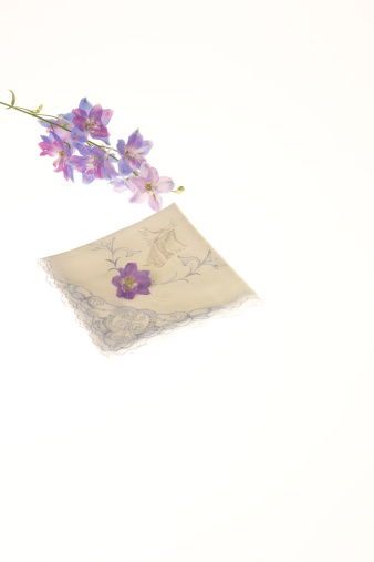 Handkerchief「Flower and handkerchief」:スマホ壁紙(2)