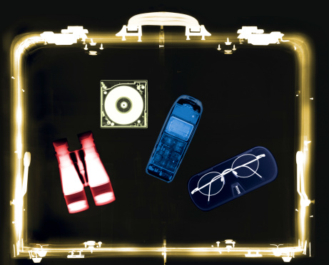 Hand-Held Telescope「x-ray image of a briefcase carrying a mobile phone with binoculars and spectacles (toned)」:スマホ壁紙(12)