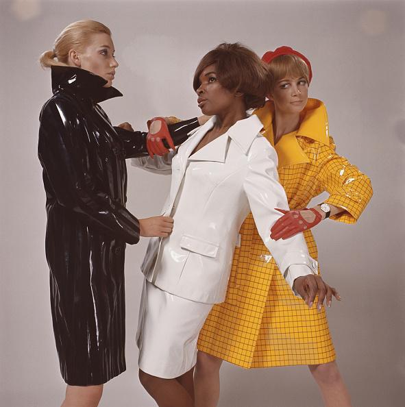 Fashion「Waterproof」:写真・画像(7)[壁紙.com]