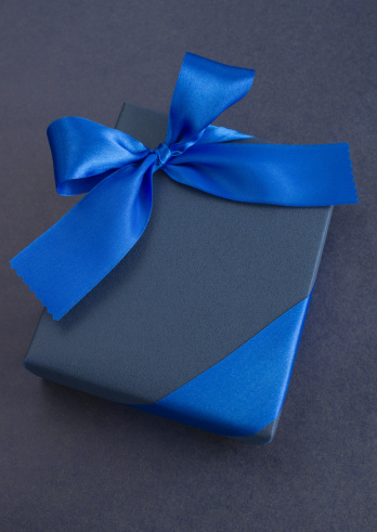 Gift「Blue gift box」:スマホ壁紙(16)