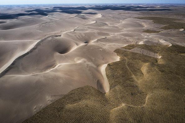 Desert Area「China Strives To Combat Desertification For Sustainable Development」:写真・画像(4)[壁紙.com]
