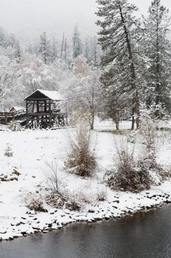 アメリカン川「Sawmill の雪」:スマホ壁紙(5)