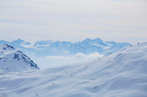 スキー「Winter panorama  Mountain snowy  landscape Ski resort  Livigno Italian Alps」:スマホ壁紙(1)