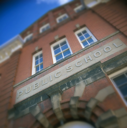 Kelly public「Public School Building」:スマホ壁紙(2)