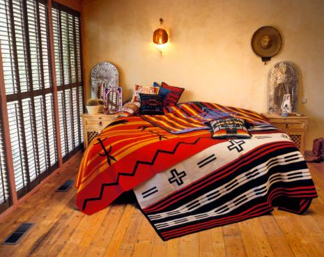 Tribal Art「Bedroom in Texas style」:スマホ壁紙(4)