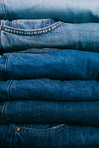 Casual Clothing「Stack of folded jeans」:スマホ壁紙(0)
