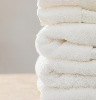 タオル「Stack of folded towels, close-up」:スマホ壁紙(4)